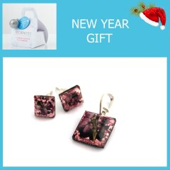 Earrings and pendant with erica flowers