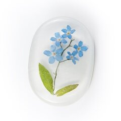 Brooch with forget-me-nots